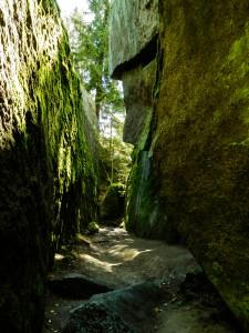 durch die Felsen-0293